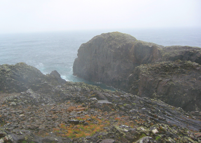 Rocky inlet on the northern headland of Inishbofin