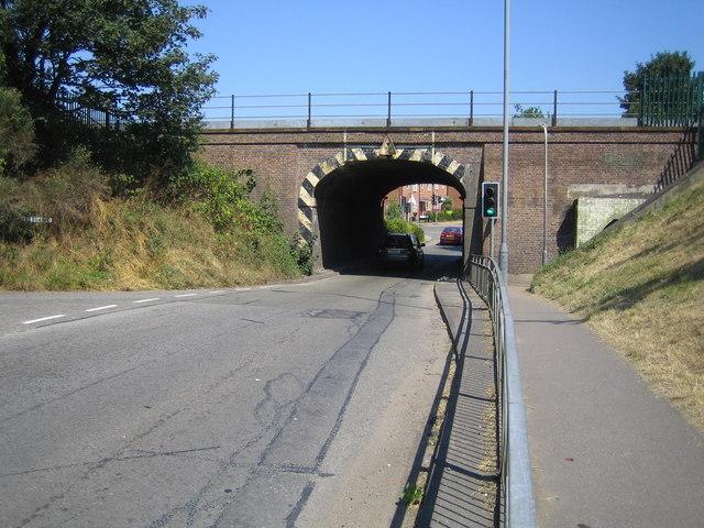 Burnham: Lent Rise Road bridge