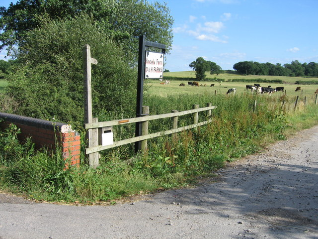 Entrance to Knowle Farm, near Lea Heath, Staffordshire.
