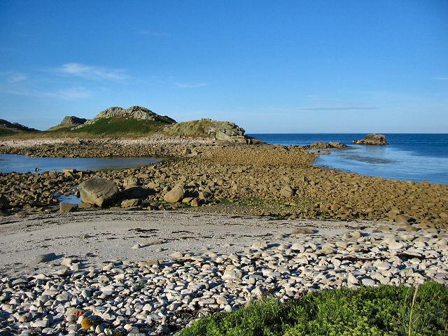 The tidal causeway to White Island, Scilly