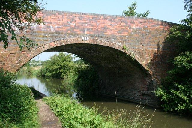 Weston Hall Bridge, Grand Union Canal