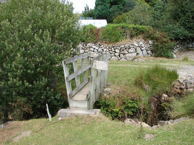 Footbridge by Cefnfeusydd Farm