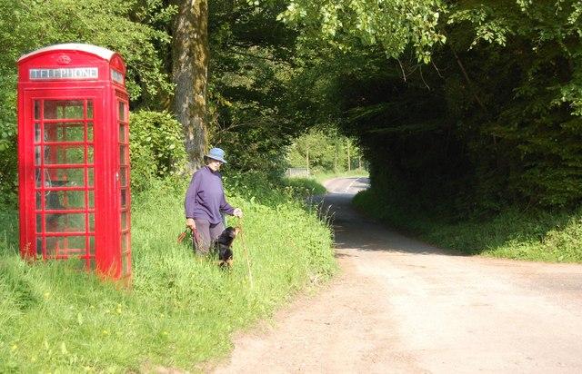 Telephone box in Luckwell Bridge