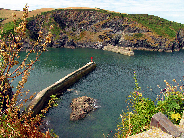 Harbour Entrance to Port Isaac