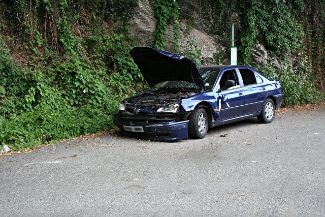 Car at the Bus Stop - Broken.