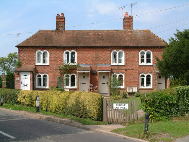 Thorne Cottages, Pluckley by Dave Skinner