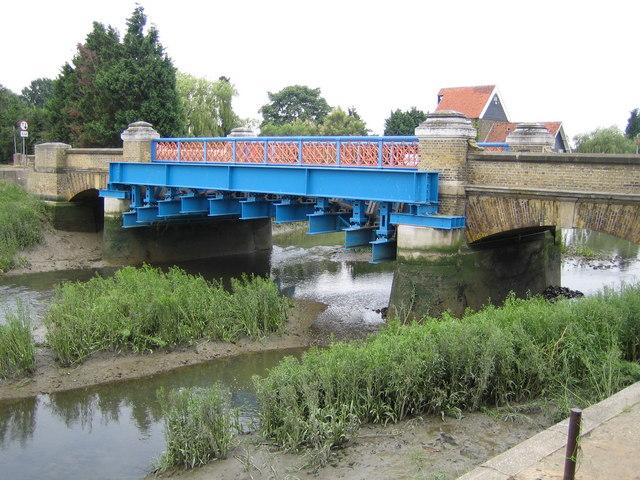 River Crouch at Battlesbridge