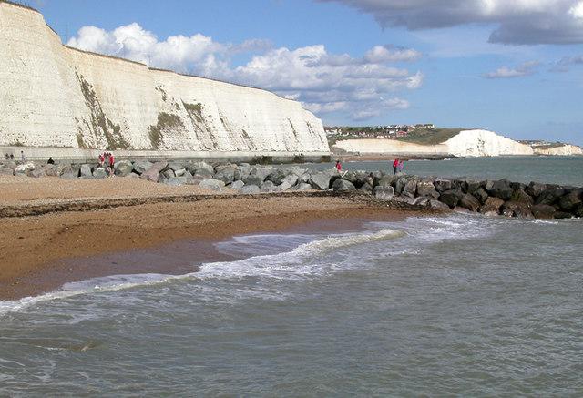 Rottingdean beach looking eastwards by David Eldridge