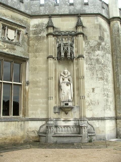 Statue of Queen Elizabeth I at Ashridge, Hertfordshire