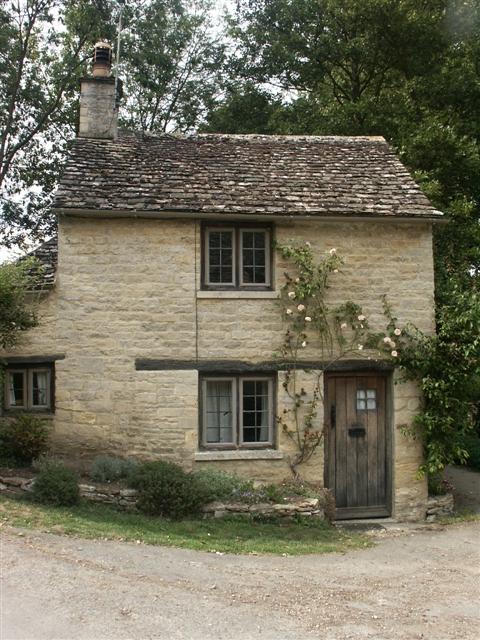 Tiny cottage near Arlington Row