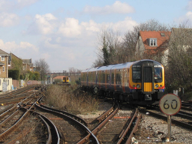 Railway approaching Richmond station