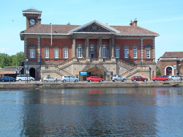 Ipswich Old Custom House