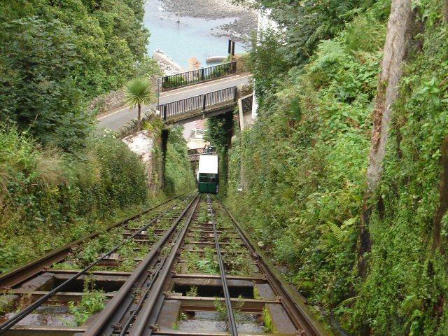 Lynton-Lynmouth Cliff Railway