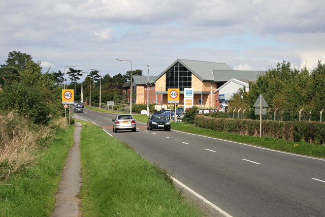 Approaching Horncastle from the South
