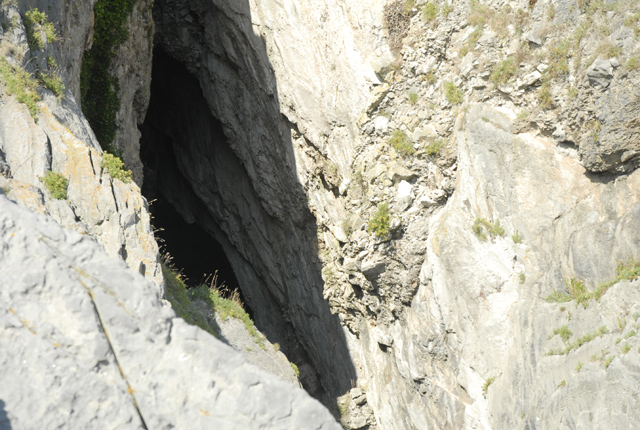 Minchin Hole Cave, South Gower