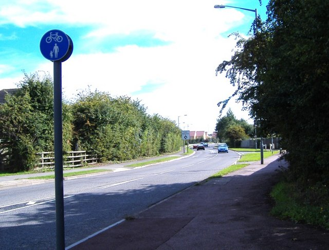 Road to Walton Court, Aylesbury