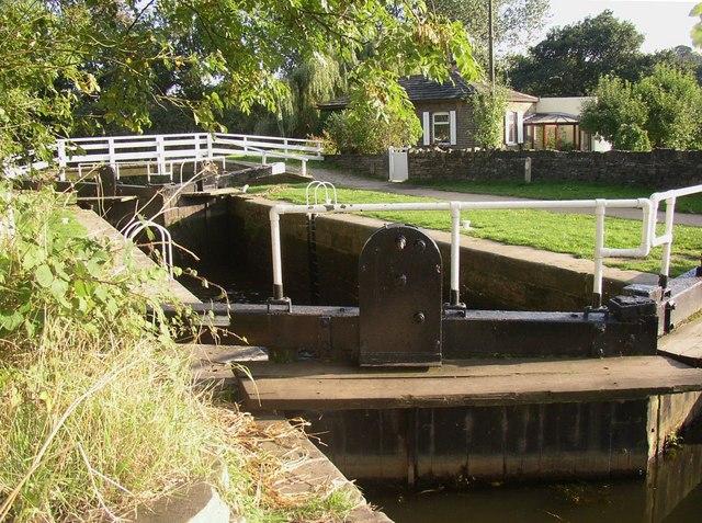 Ganny Lock, Brighouse, from upstream