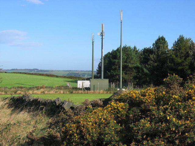 Mobile phone masts near Slack