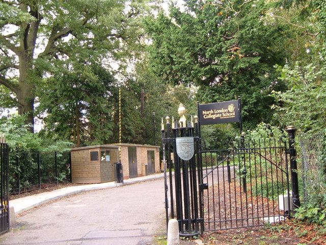 Entrance to NLCS, Edgware