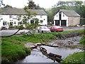 SO3996 : The Horseshoe Inn, Bridges by Geoff Pick