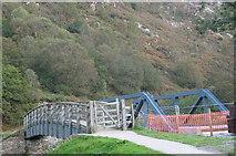 SH5947 : Footbridge and Railway Bridge across Afon Glaslyn at Bryn y Felin by Eric Jones