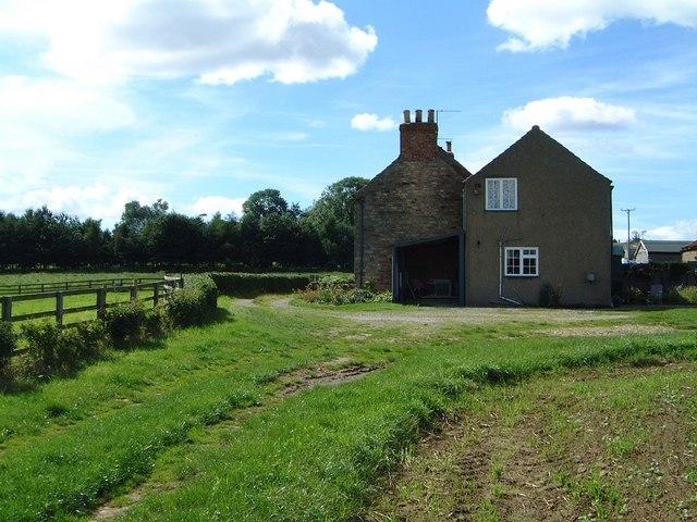 High Farm Cottages