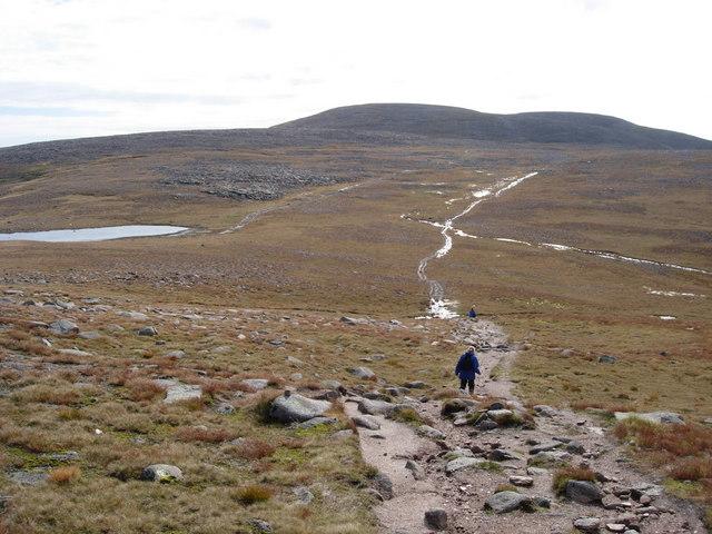Path to Ben MacDhui