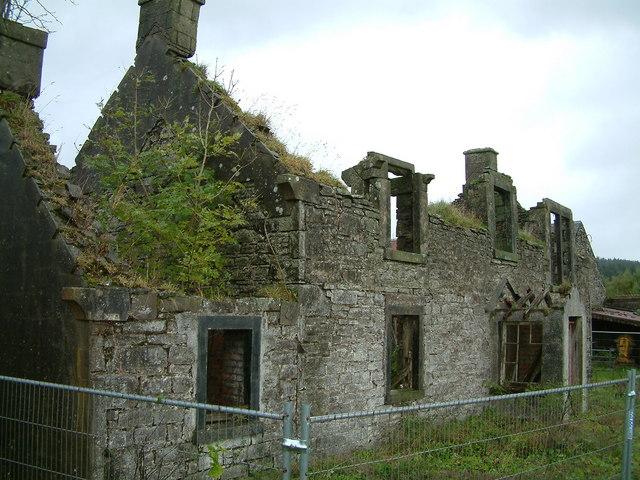 Annet - ruined farmhouse