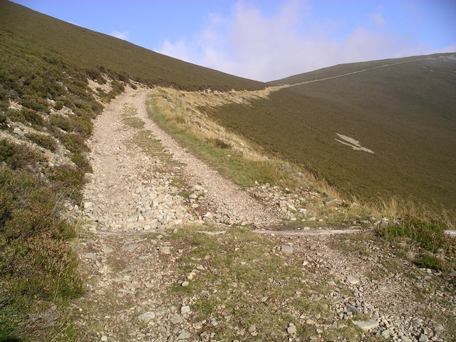 Landrover track to Mullach Clach a' Bhlair