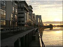 NS5566 : Glasgow Harbour Housing Development by Iain Thompson