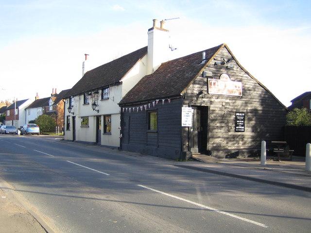 Bedmond: The Bell Inn and the High Street