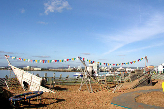 Children's Play Area - Cardiff Bay