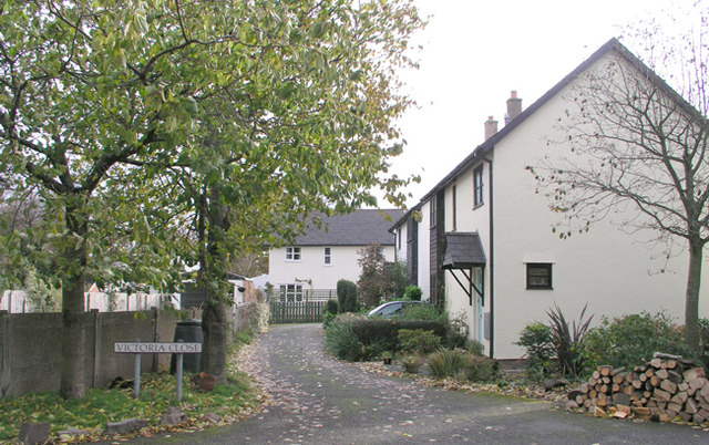 Victoria Close, Llanfrynach
