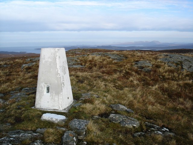 Trigpoint on Cnoc Breac