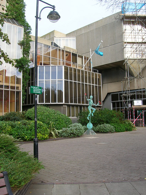 The Juggler, Hove Town Hall