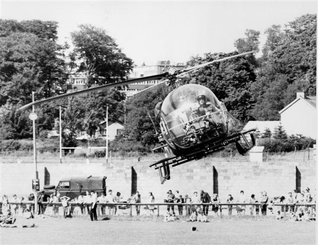 Flying display, Sedan Avenue, Omagh