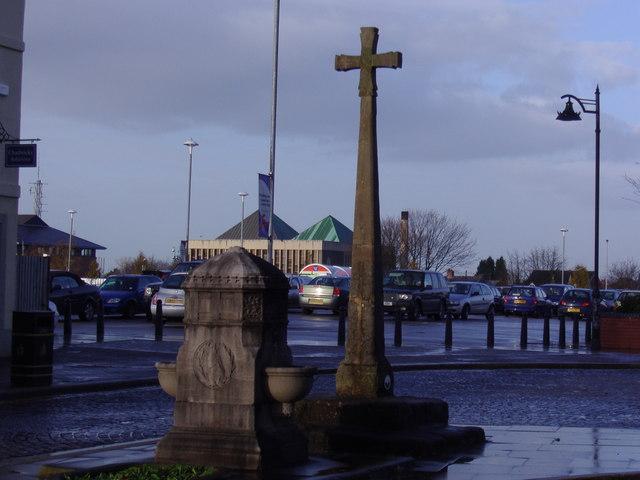 Leyland Cross