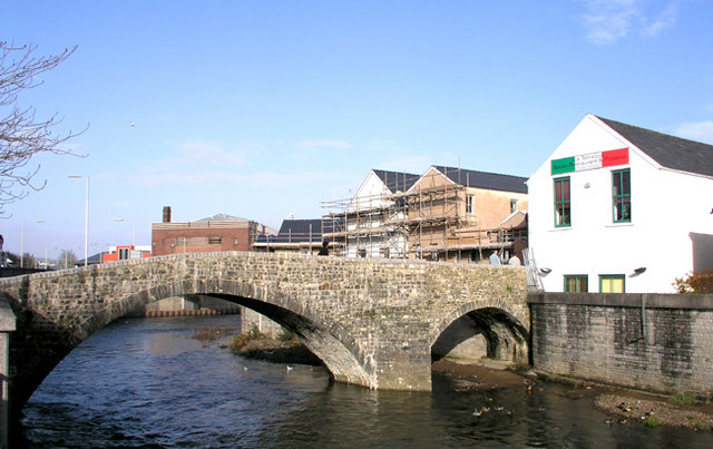 The Old Bridge - Yr Hen Bont, Bridgend