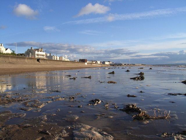 Burnham on sea beach, looking south