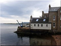 HY2508 : House in Stromness harbour by Dumgoyach