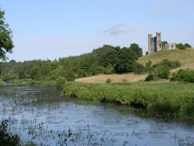 Dunmoe Castle