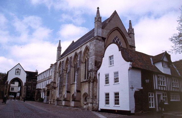Norwich Cathedral Close