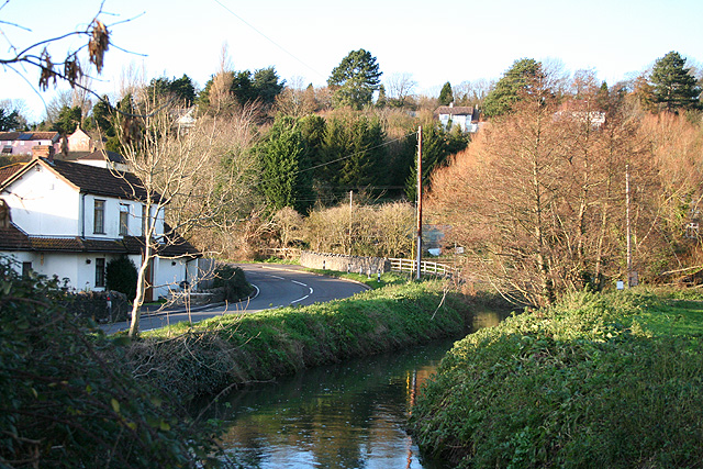 Nailsea: by Jacklands Bridge