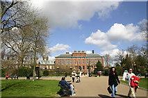 TQ2579 : Kensington Palace by Alan Pennington