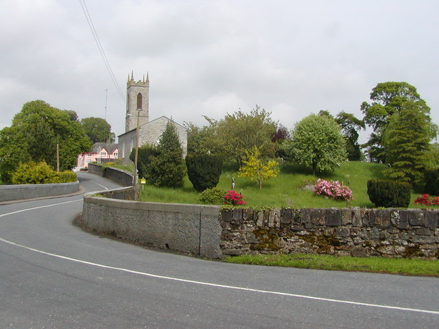 Road into Moynalty, County Meath