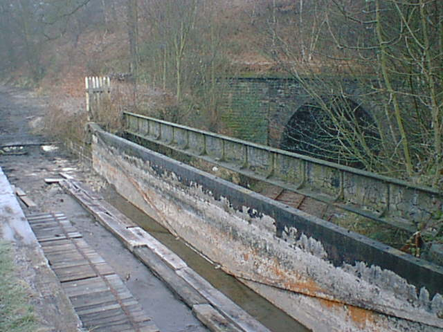 Aqueduct Drained During Canal Re-lining Work