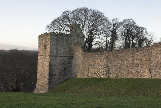 Pickering castle - SW corner