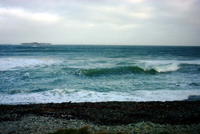 Waves at the Wee House of Malin
