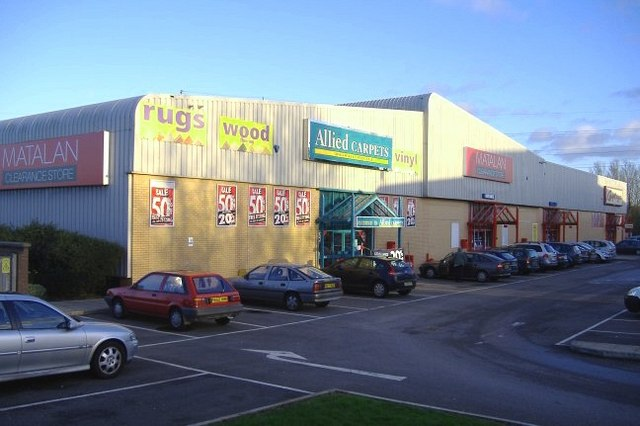 photo of Mannington Retail Park, Telford Way, Mannington, Swindon, SN5 8WA