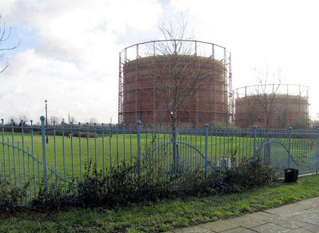 Gas Holder from Kimberley Road, London    © John Salmon cc